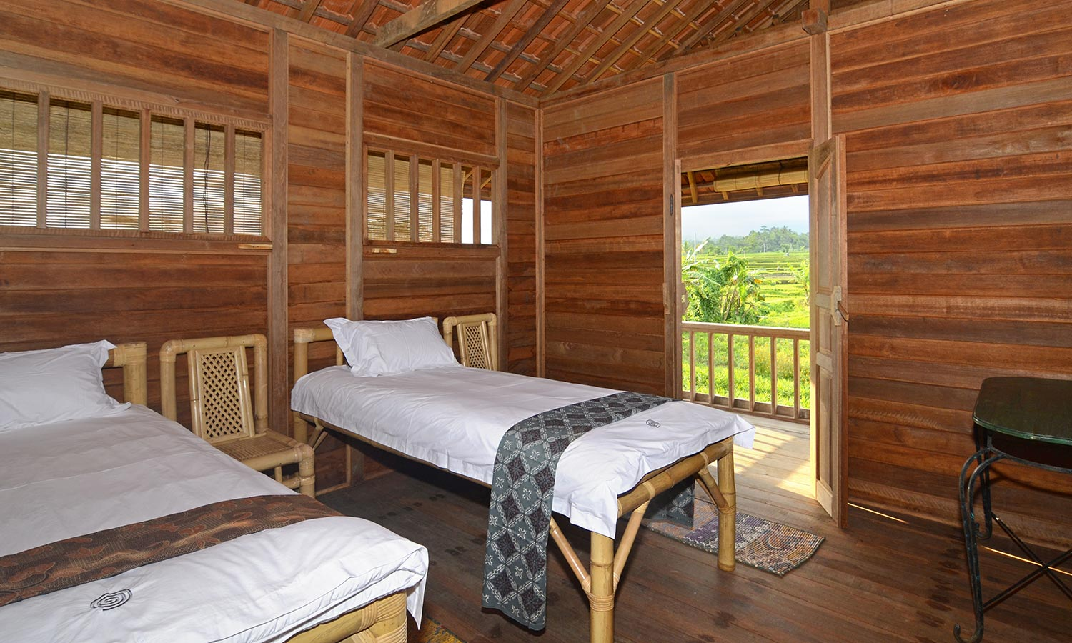 Bali Silent Retreat Bungalow - Trundle bed
