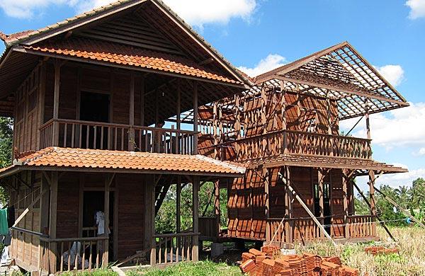 2 level bungalows