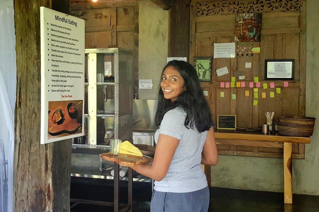 Bali Silent Retreat - Mindful eating