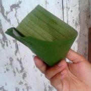 Banana leaf cup